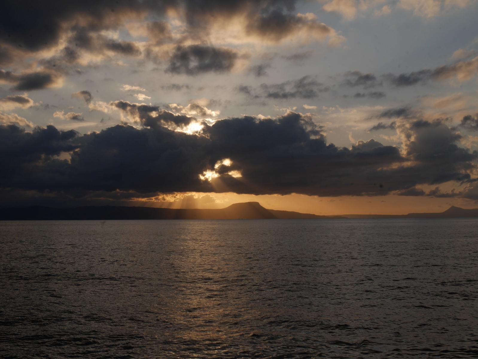 Sonnenuntergang  in der Bucht von Chania.