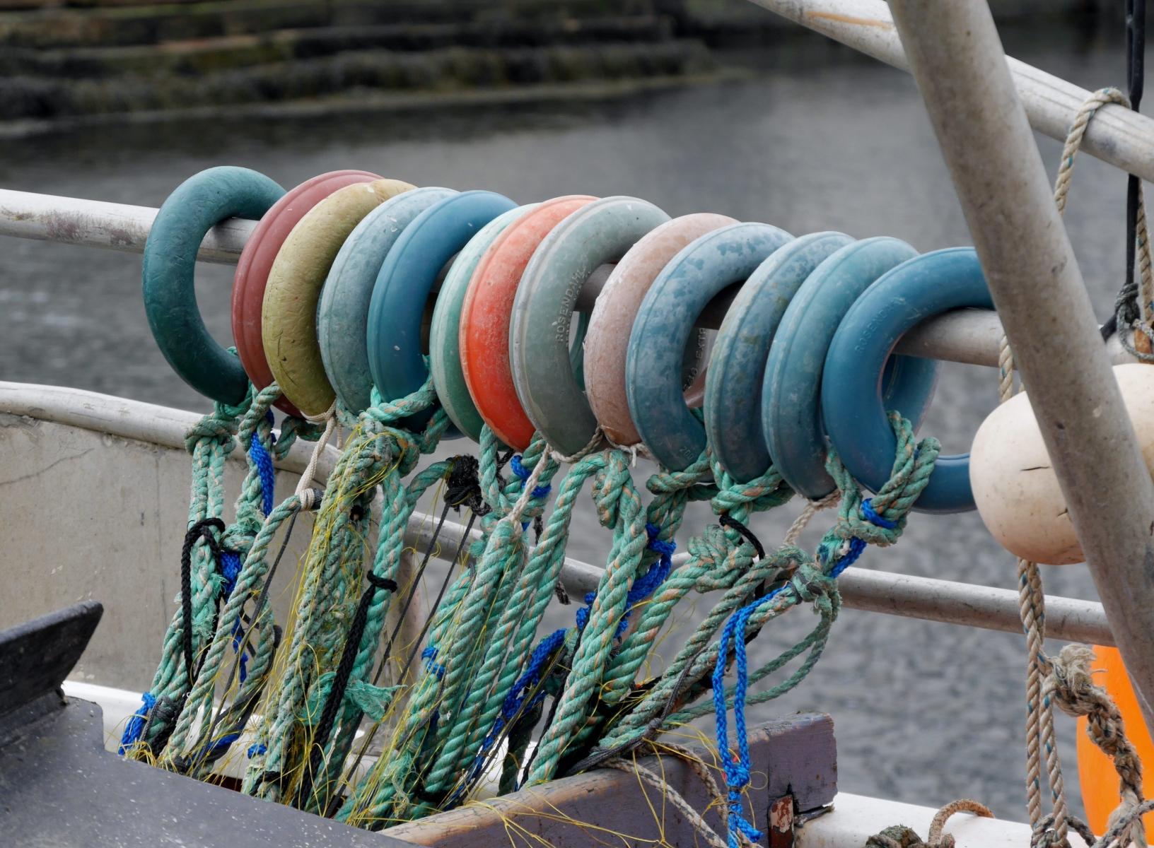 Diese wohl sortierten Ringe habe ich auf einem Fischerboot in Alesund entdeckt.
